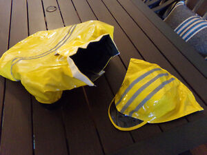 Brand New Lined  Foul  Weather / Rain  Coat  For Small Dog Kingston Kingston Area image 3