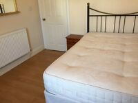 Spacy furnished room close to Liverpool Street Station for 130pw