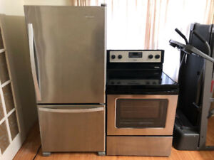 MANUFACTURED 2016 WHIRLPOOL 2 PIECES STAINLESS STEEL APPLIANCES