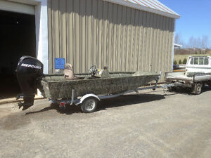 2011 16 ft. Alumacraft boat, welded aluminum hull & double floor