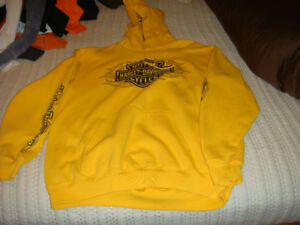 Harley Davidson Men's size large clothing