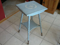 Table d'appoint/Spool LegTable