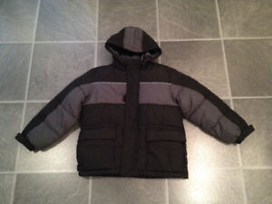 OLD NAVY BRAND NEW winter jacket size 6/7 fits bigger