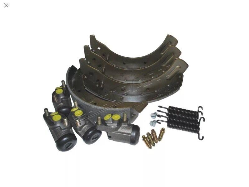 Land Rover brake kit - axle set
