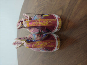 Selling Exclusive pink ED Hardy shoes size 5