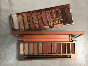 Brand NEW Urban Decay Naked Heat Eyeshadow Palette