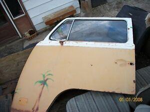 1969-1971 Bay window drivers door fair condition Oakville / Halton Region Toronto (GTA) image 3