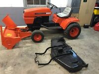 GARDEN TRACTOR WITH SNOW BLOWER