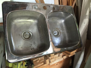 Two sinks - one double / one single
