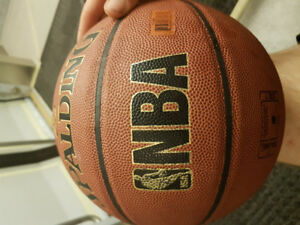 NBA SPALDING COMPOSITE LEATHER SIZE 7