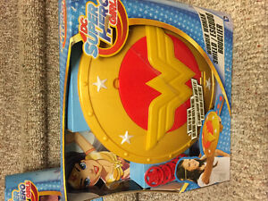 New! DC superhero girls Wonderwoman shield