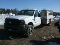2006 Ford F-550 Power Stroke w/Power Tailgate and PTO