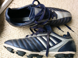 Adidas soccer cleats, men's size 10.5