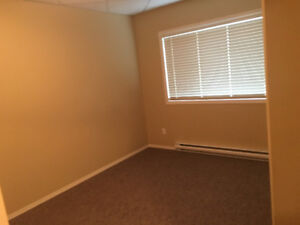 Beautiful 3 Bed 2 Bath Condo in PC - 2.5 Years Old