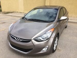 2011 Hyundai Elantra GLS - Sunroof- Heated seats- Bluetooth