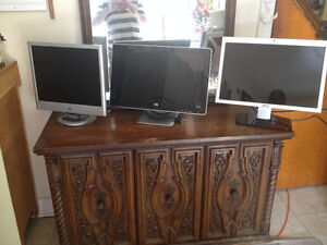 Computer LCD monitors avalaible!