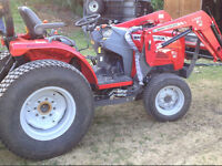 MASSEY FERGUSON 1529 WITH LOADER MINT SHAPE ONLY 85 HOURS