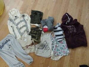 Teen Clothing, Size small to Large 14 Items