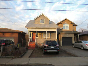 ATTN: INVESTORS/1ST TIME HOME BUYERS! CLOSE TO MOHAWK COLLEGE!