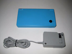 *****LIGHT BLUE NINTENDO DSI + MANY GAMES AVAILABLE!*****