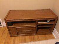 Sturdy and good quality tv stand