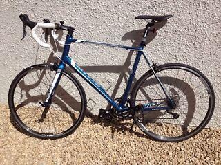 Giant defy 4 - 2014 road bike