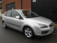 FORD FOCUS 1.6 MANUAL ZETEC CLIMATE SILVER