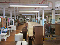 OVER 500 BOOTHS OF COLLECTABLES, ANTIQUES & MORE