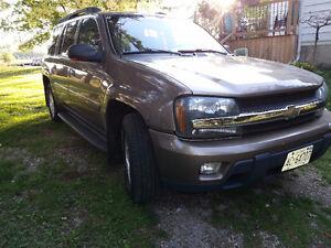 2003 Chevrolet Trailblazer EXT LT SUV, Crossover