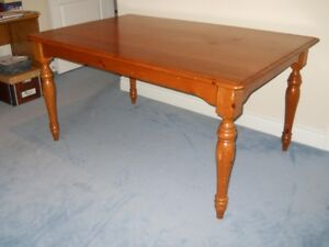 Classic Oak Dining Table