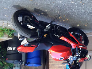 Mint and special edition Gsxr. 3 modes, rare colour