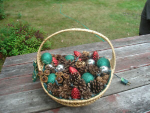 Large Christmas basket decoration