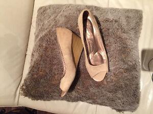 Simple wedge heels eeeuc
