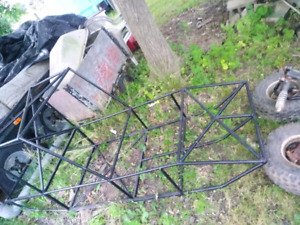 Go kart frame and two front tires