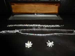 VINTAGE STERLING JEWELRY SET