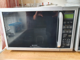 Sharpe R957 Microwave and Grill