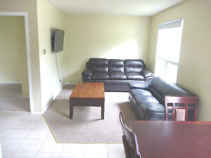 Fully furnished 5-bed suite for May 1, 2017, 1 MONTH FREE RENT!