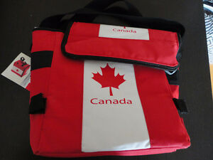 Insulated Canada flag print drinks cooler bag lunch bag NWT
