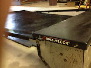 Roll & Lock tonneau cover for parts Windsor Region Ontario image 3