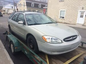 Ford Taurus 03 , trouble ,pour Pieces 418-455-5470
