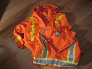 Two 3XL HH viking journeyman 300dHigh Visibility Safety Jacket