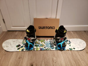 NEW BURTON unisex snowboard package 125cm, BOA boots US4