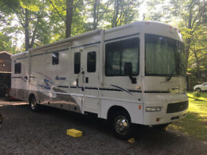 Winnebago Sightseer 2006 34A for sale by owner