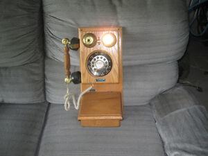 Téléphone de style antique