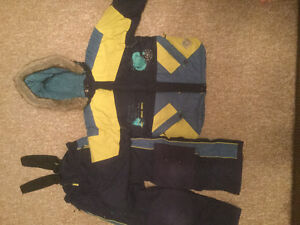 Size 6X snow suit (rated for up to -31 C)