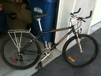Velo bycycle montagne compe Specialized hard rock