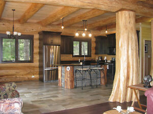 Spectacular Custom Built Pioneer Log Home in 150 Mile House Williams Lake Cariboo Area image 2