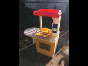 Play kitchen for toddler