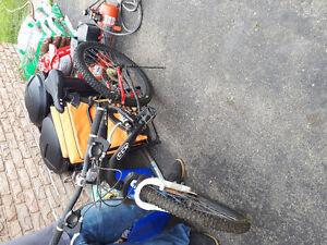 Unisex CCM bike