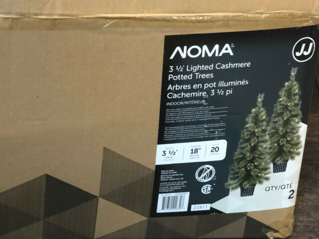 2 Potted Christmas trees | Outdoor Décor | Winnipeg | Kijiji